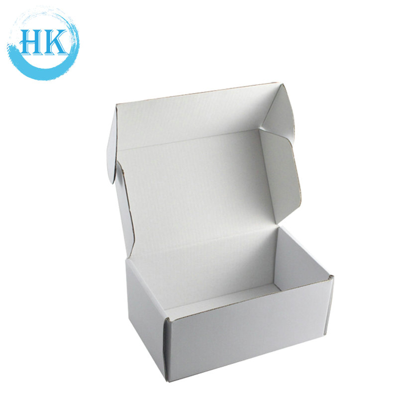 White Carton Web Shop Boxes