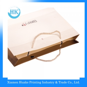 Gloss lamination paper bag with handle